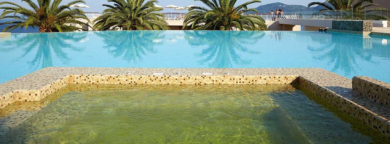 jacuzzi-pool-corfu